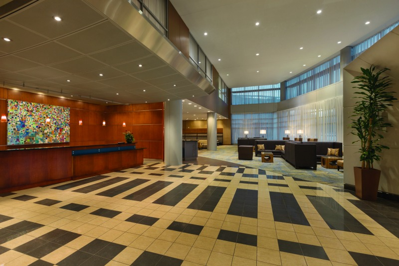 hilton-baltimore-bwi-airport-lobby-front-desk-933020