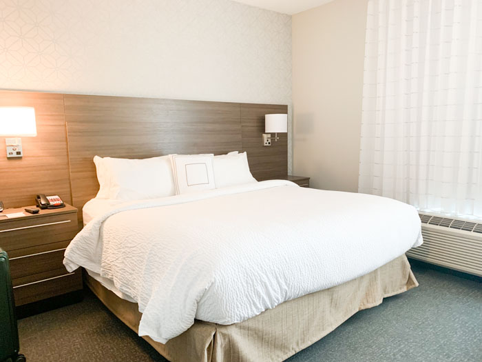 Fairfield Inn and Suites bed