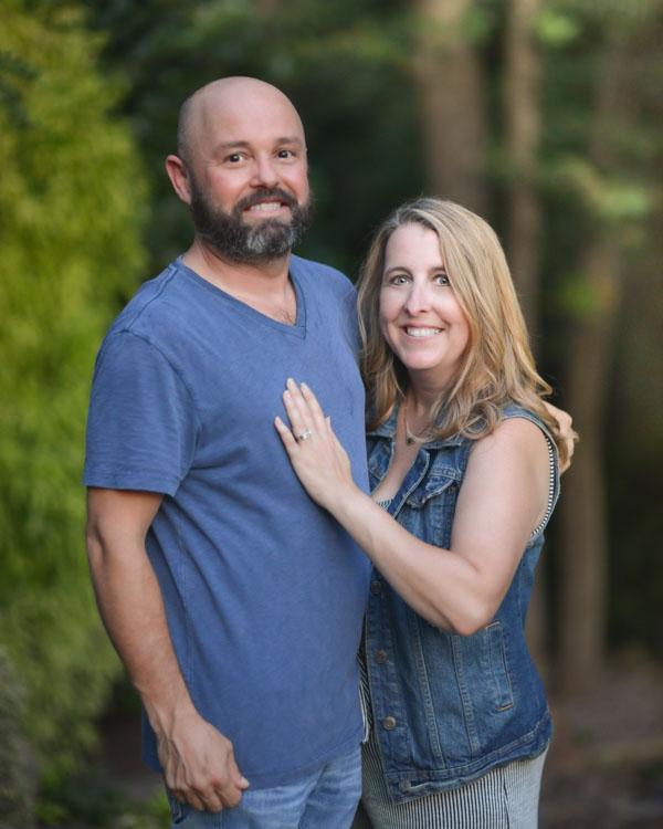 Daniel and Melissa couple headshot