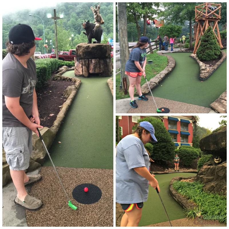 Davy Crocket Mini Golf