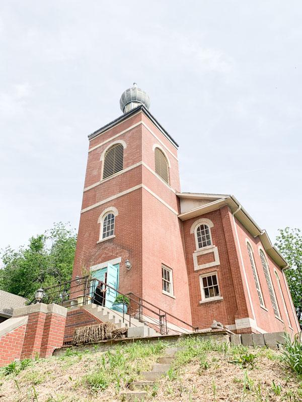 Old Church Voler - Thieves of Fight Ariel. Kansas City