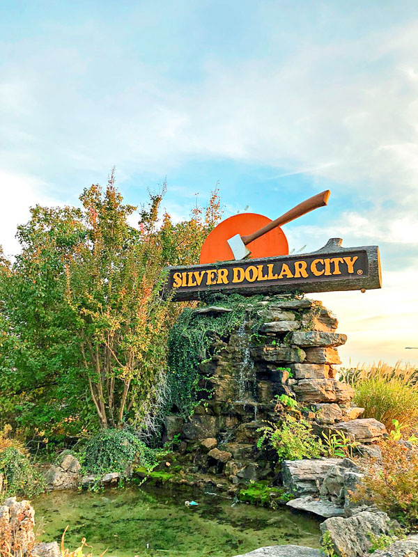 Silver Dollar City Welcome