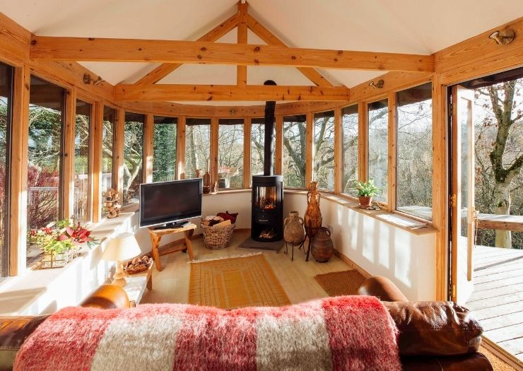 cabin with open windows
