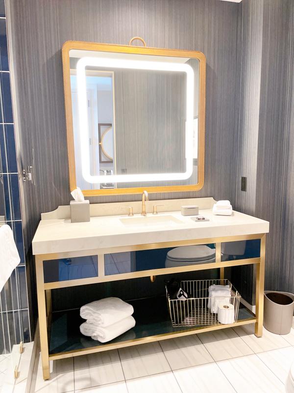 omni okc hotel bathroom