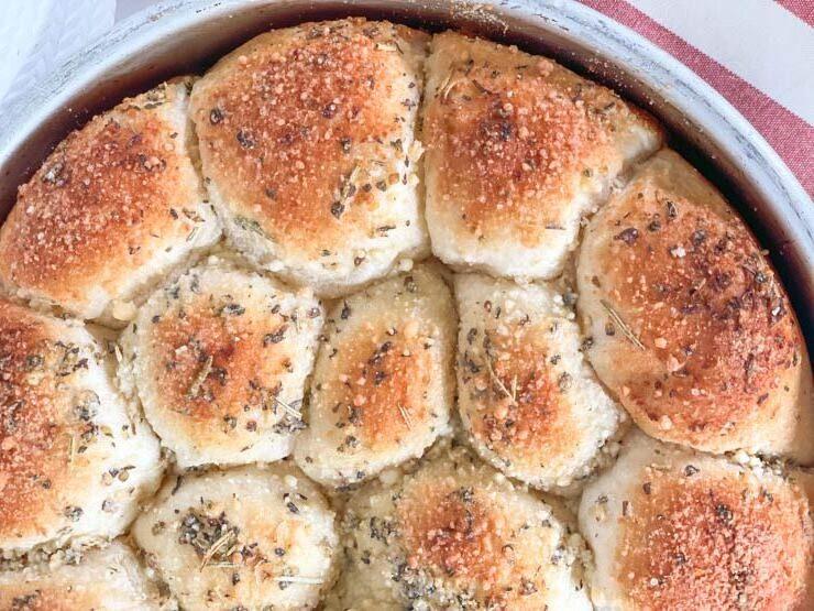Homemade Cheese Stuffed Garlic Rolls
